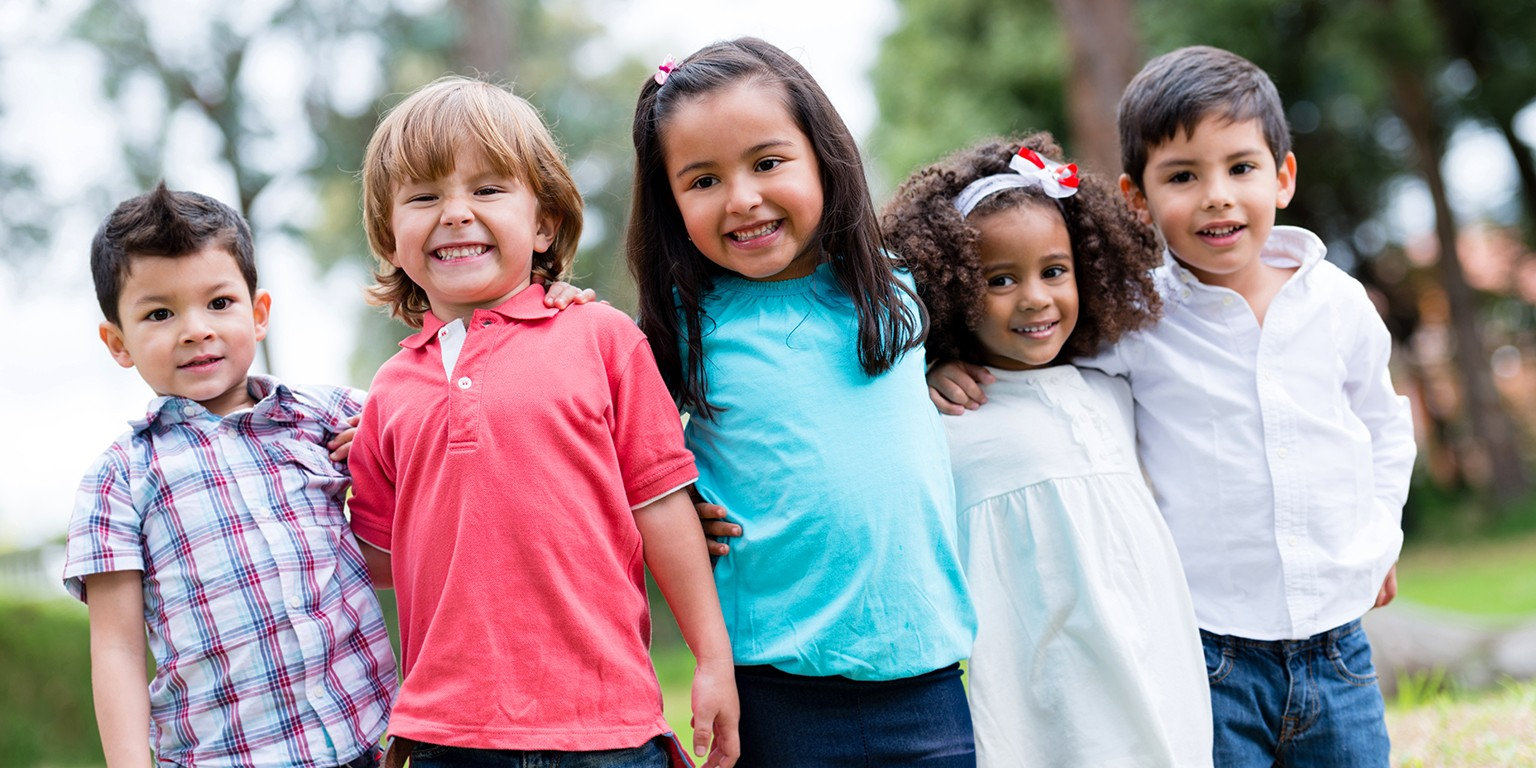 خرید هدیه در روز کودک