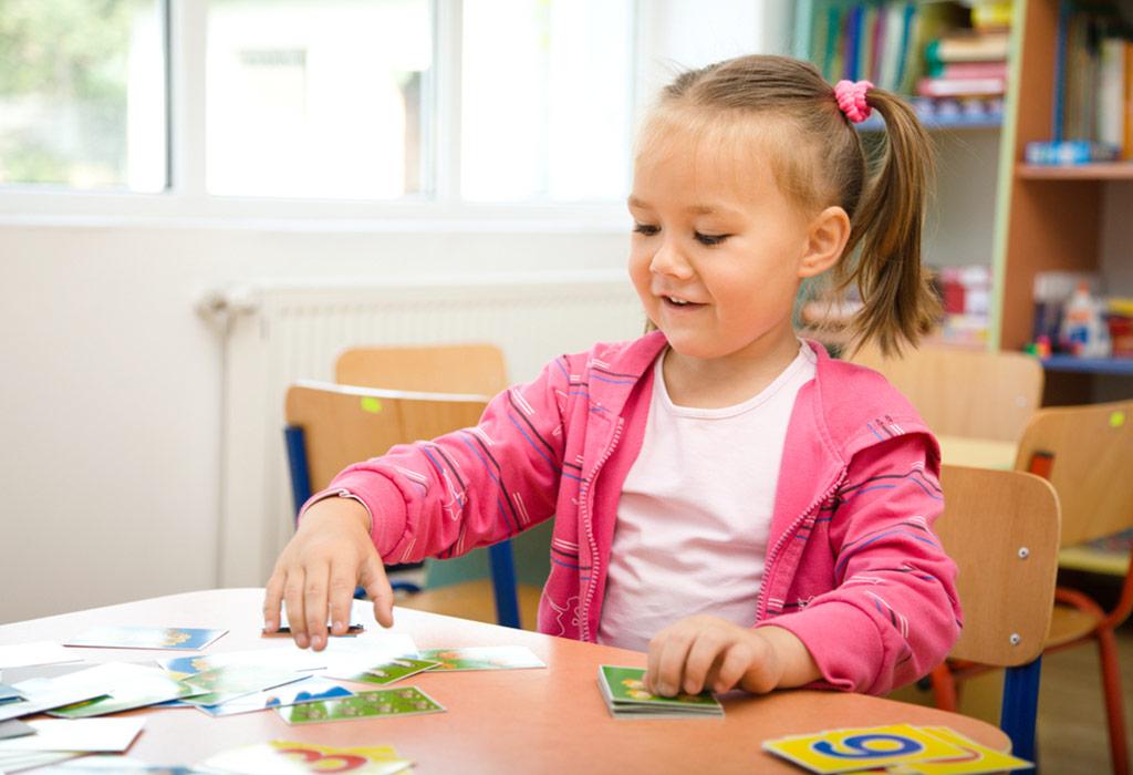 آموزش بازیهای کارتی برای کودکان