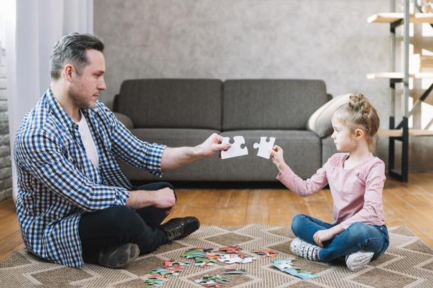 بازی پازل با کودکان
