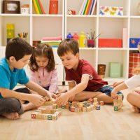 آموزش بازی های سرگرم کننده برای کودکانی که در خانه مانده اند