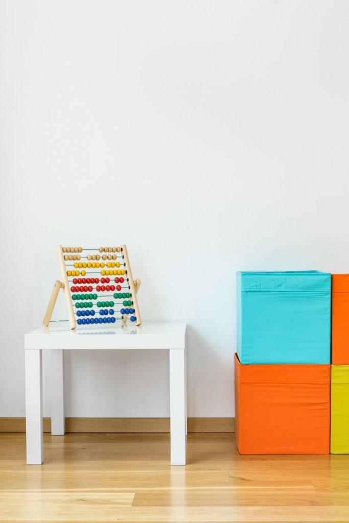 محدود کردن اسباب بازی ها در اتاق کودک
