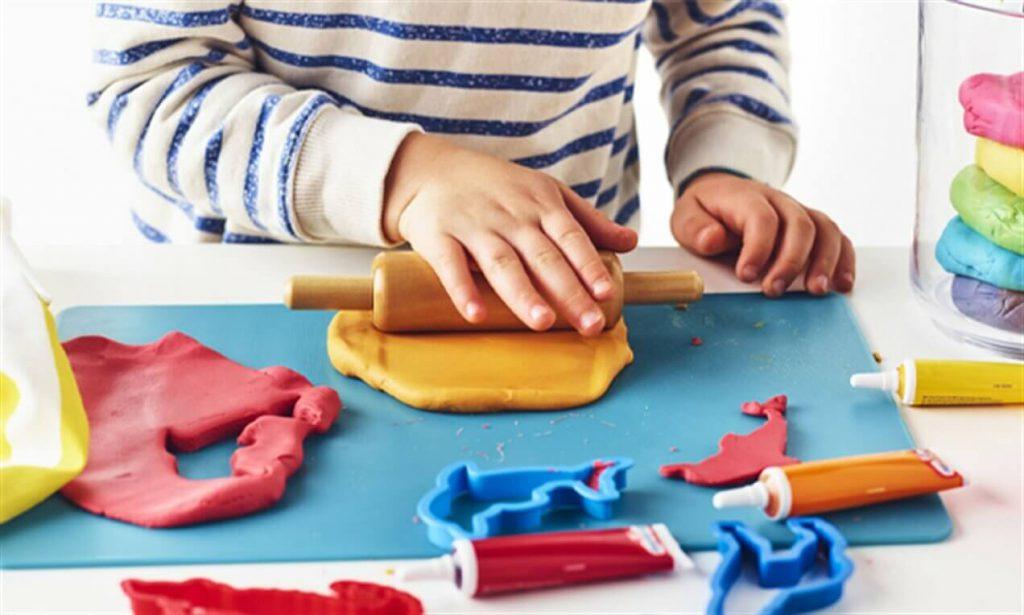 برخی از نکات ایمنی مربوط به خمیر بازی کودکان