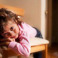 علت بازی نکردن کودک با اسباب بازی