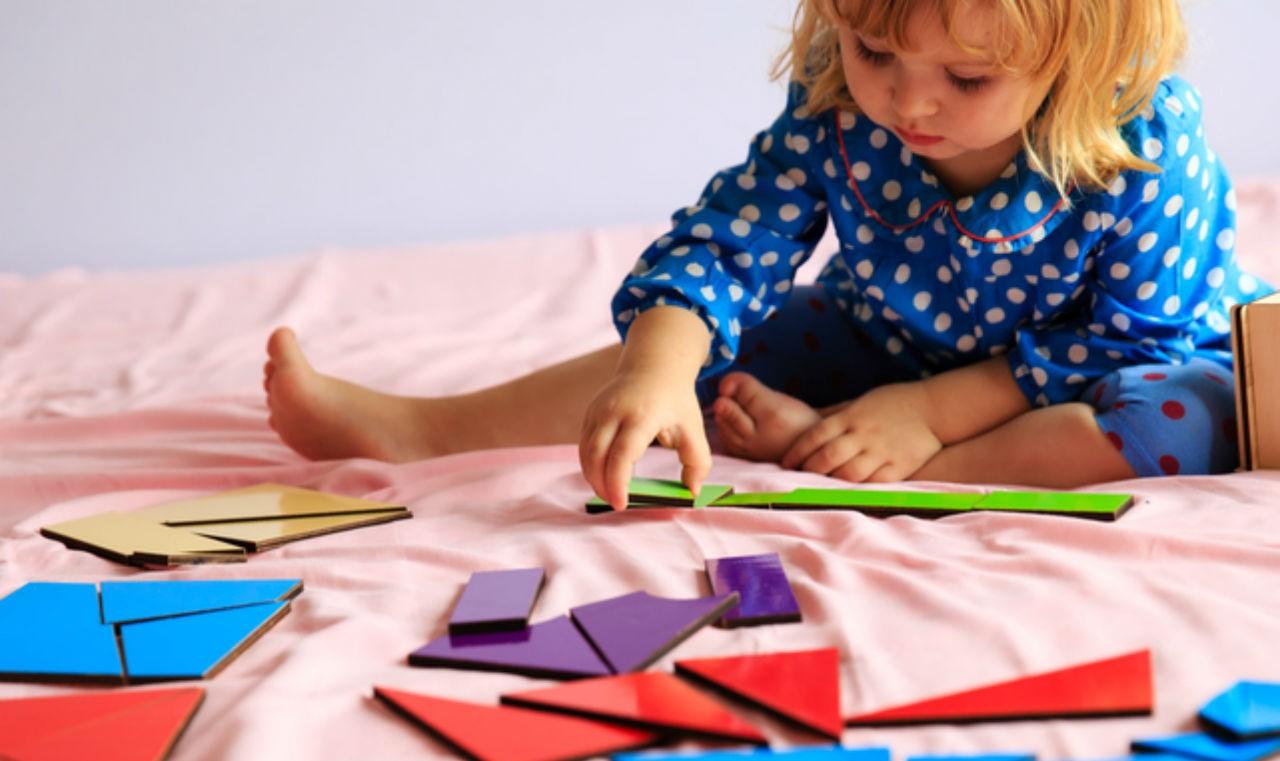 چند نمونه از بهترین بازی های فکری برای کودکان است